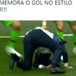 O gol foi de Coutinho, mas Tite homenageou Neymar na comemoração - Reprodução/Twitter