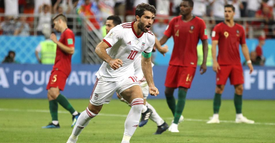 Karim Ansarifard comemora gol do Irã contra Portugal