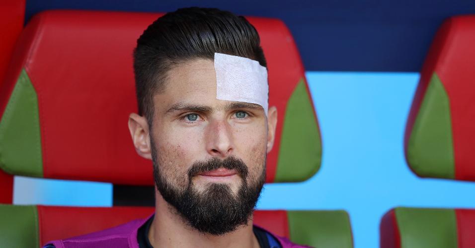 Olivier Giroud, da França, está no banco de reservas. Ele se machucou no último amistoso