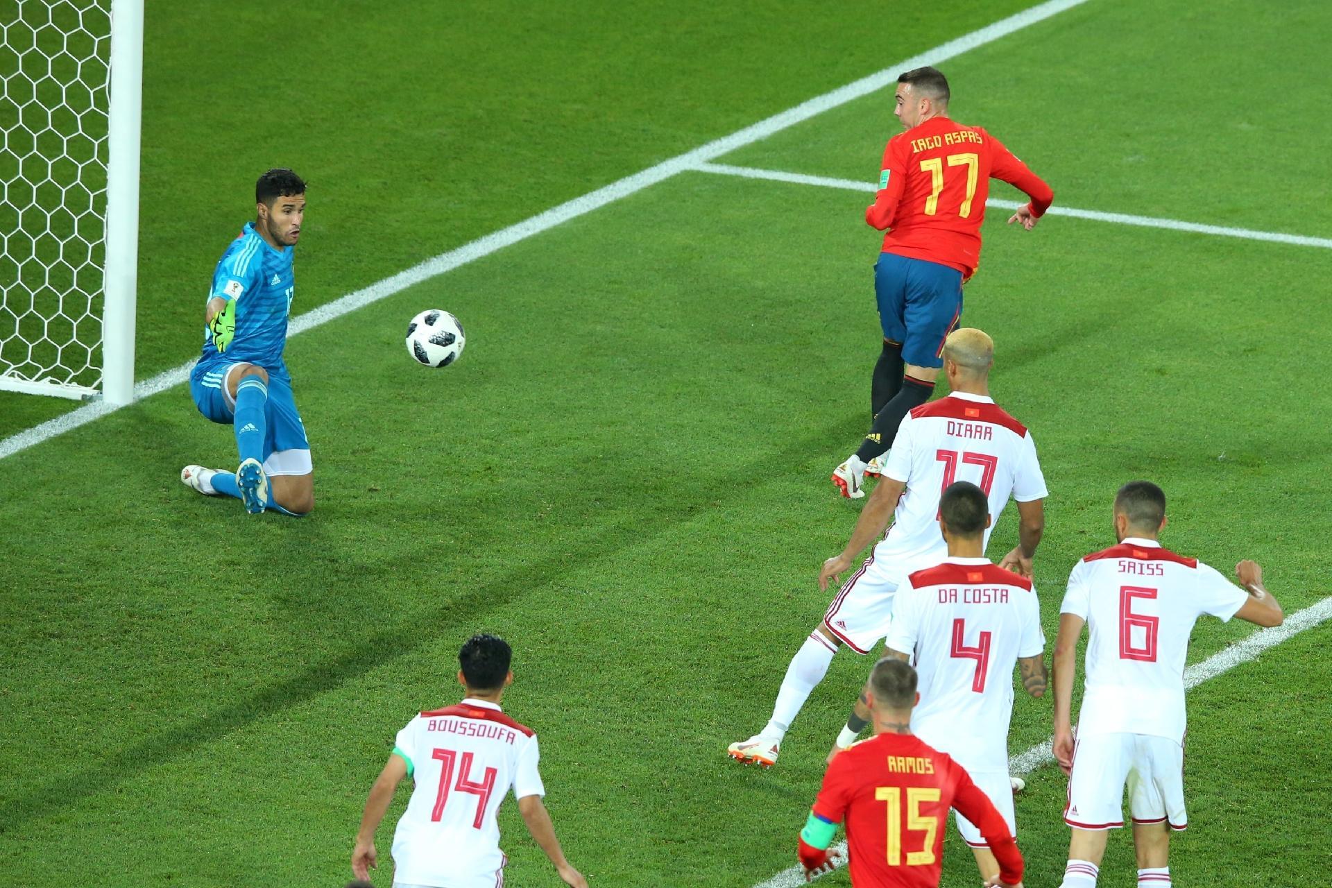 1fc57d9c5f955 Copa do Mundo 2018  Espanha passa em primeiro e elimina chance de oitavas  de campeões na Copa - UOL Copa do Mundo 2018