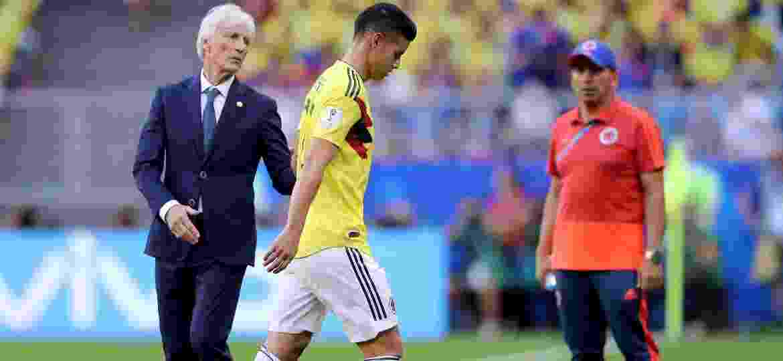James Rodriguez sentiu dores e precisou ser substituído ainda na etapa inicial de Colômbia x Senegal - Getty Images