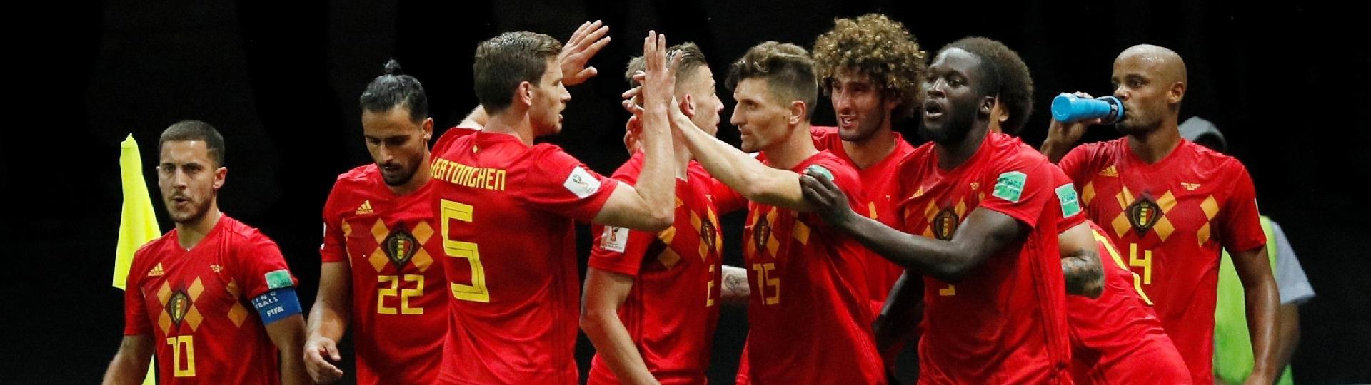 Jogadores da Bélgica comemoram segundo gol contra o Brasil