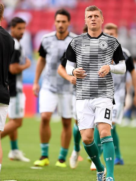 Kross se aquece com seleção da Alemanha para a partida contra a Coreia do Sul - Getty Images