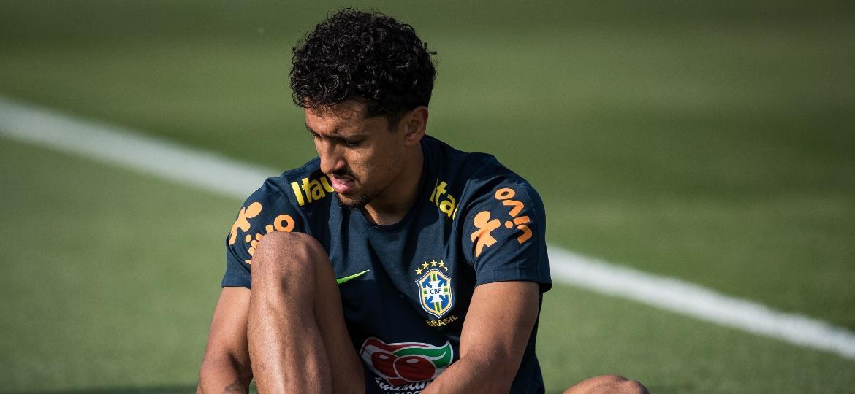 Marquinhos se prepara para o treino da seleção brasileira; Tite pediu para ele se preparar para a lateral - Pedro Martins / MoWA Press