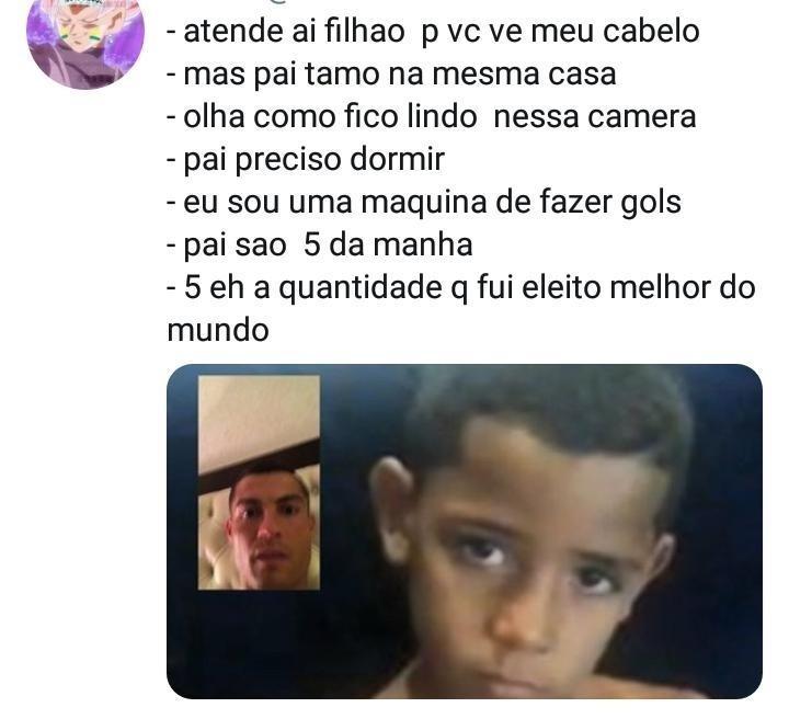 Cristiano Ronaldo e filho em chamada de vídeo