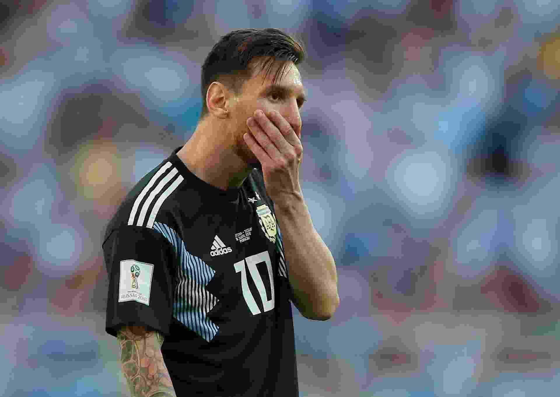 Lionel Messi perde pênalti no duelo contra a Islândia e fica desacreditado - REUTERS/Maxim Shemetov