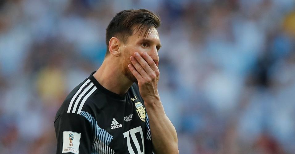 Lionel Messi perde pênalti no duelo contra a Islândia e fica desacreditado