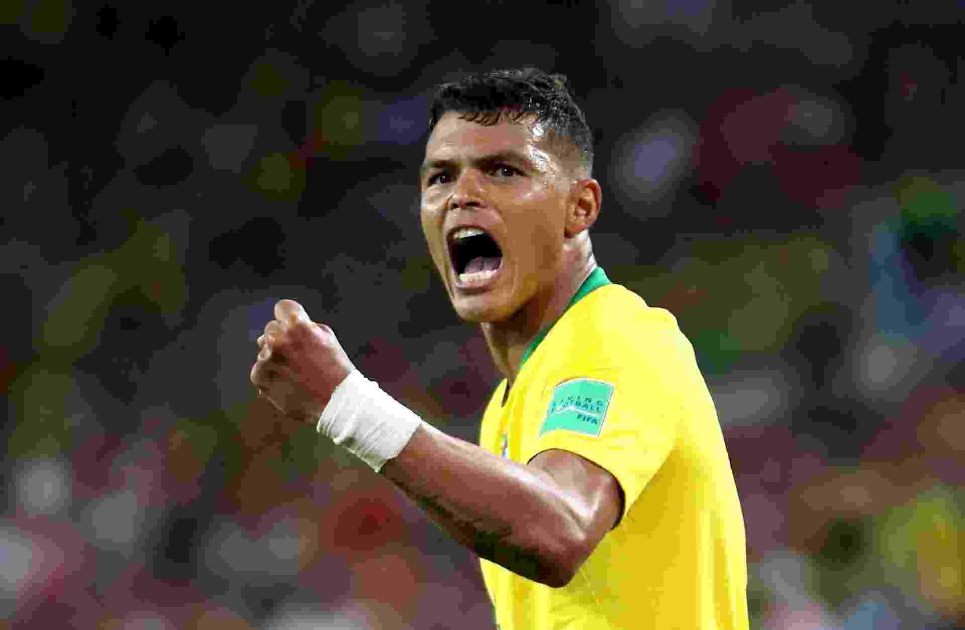 Thiago Silva comemora gol do Brasil contra Sérvia - Michael Steele/Getty Images