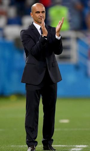 O técnico Roberto Martínez comemora gol da Bélgica contra a Inglaterra