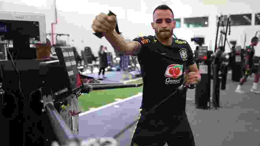 Renato Augusto participa de treino físico na academia da Granja Comary - Lucas Figueiredo/CBF