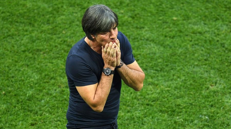 Joachim Löw, técnico da Alemanha, no gramado - Matthias Hangst/Getty Images