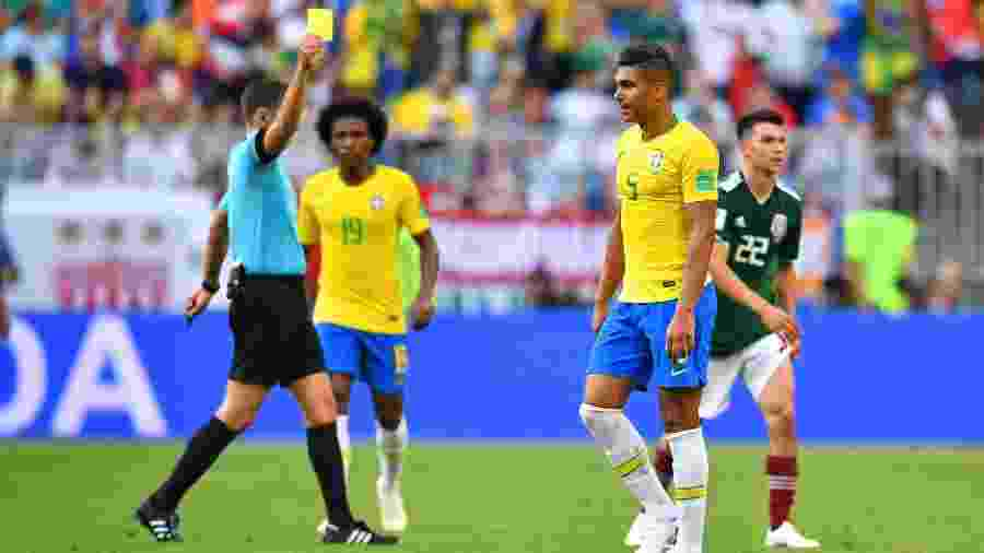 Casemiro é advertido com cartão amarelo - Reuters