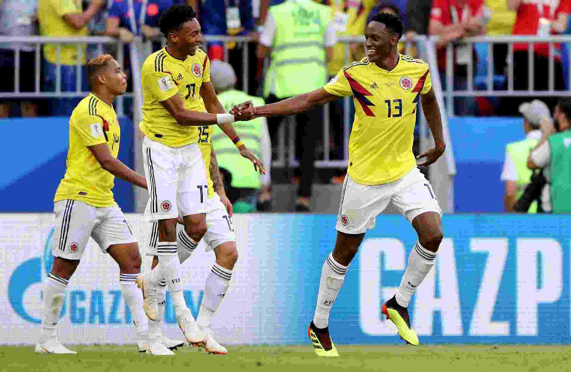 Mina (camisa 13) celebra o gol da Colômbia contra Senegal - Getty Images