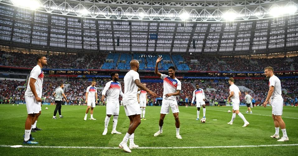 Jogadores da Inglaterra se preparam antes de partida contra a Croácia
