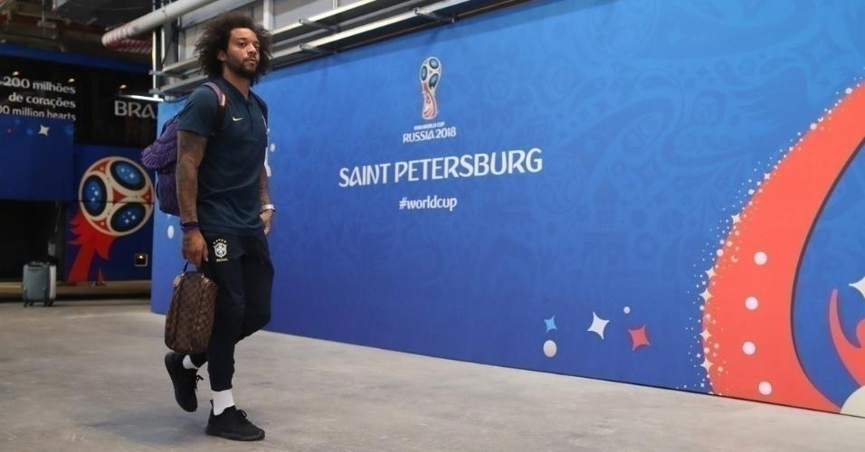 Marcelo chega ao estádio em São Petersburgo para o jogo da seleção contra Costa Rica, pela segunda rodada da Copa do Mundo