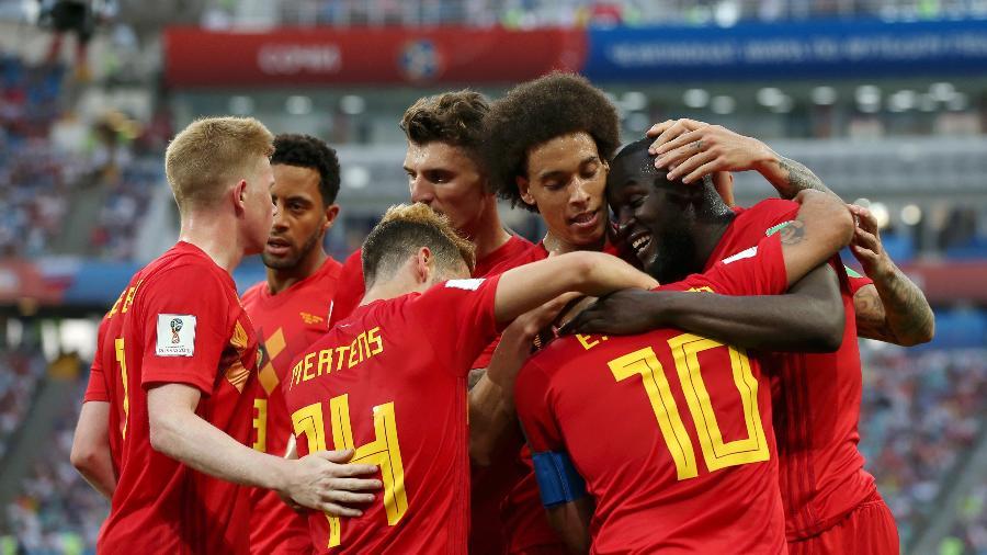 Time da Bélgica comemora após Romelu Lukaku marcar o terceiro gol da equipe sobre o Panamá - Francois Nel/Getty Images