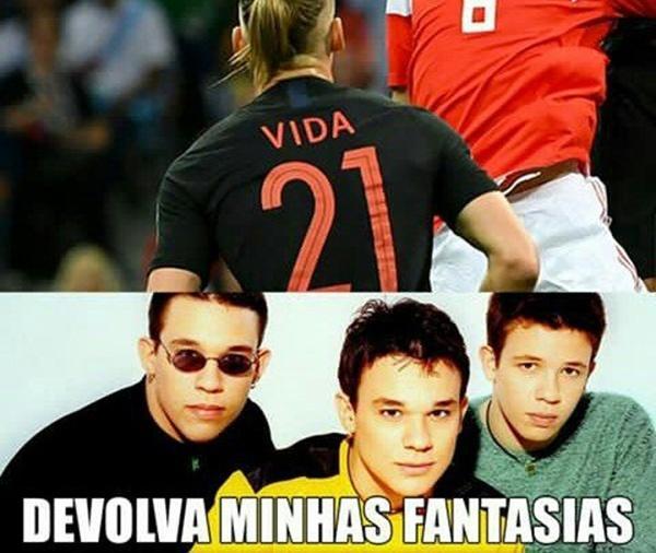 """O zagueiro Domagoj Vida fez um gol para a Croácia na prorrogação e os memes lembraram os versos da música """"A dor desse amor"""", do KLB"""