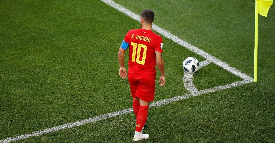 Eden Hazard cobra escanteio para a seleção da Bélgica em jogo contra o Panamá