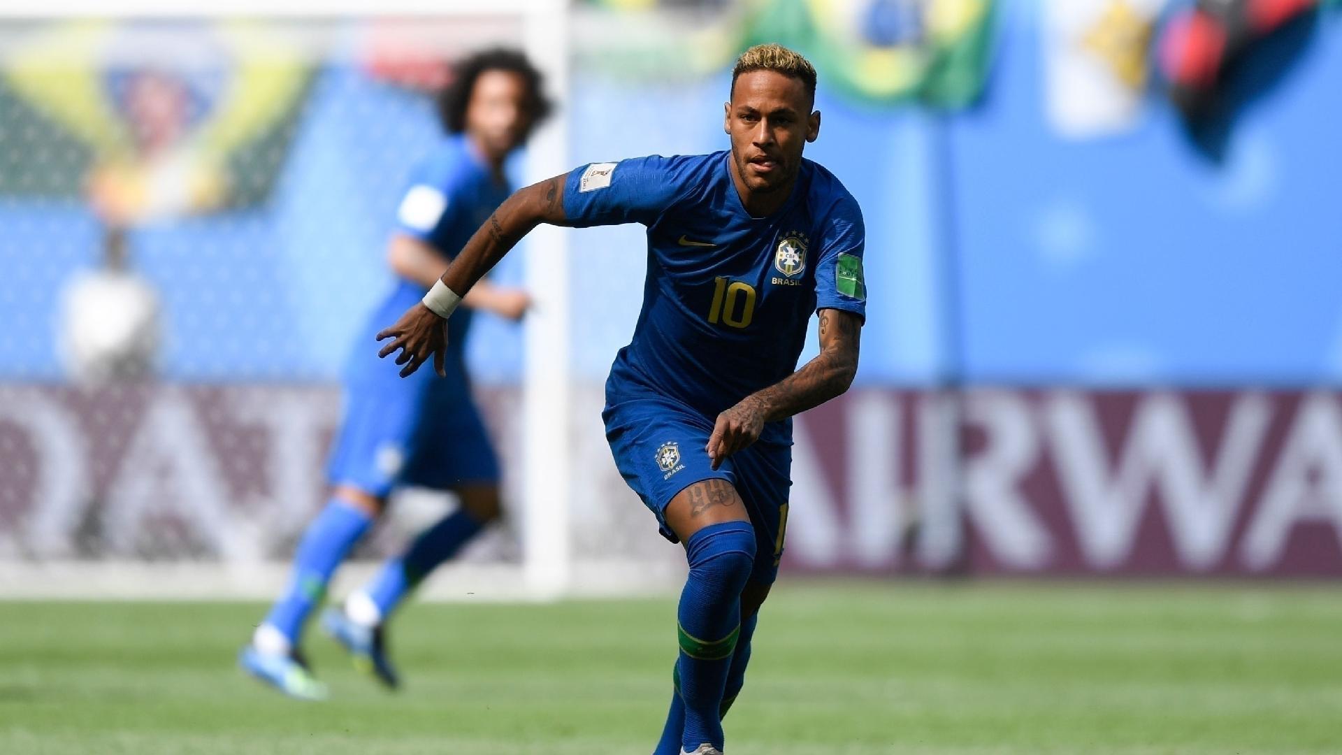 Neymar em ação contra a Costa Rica