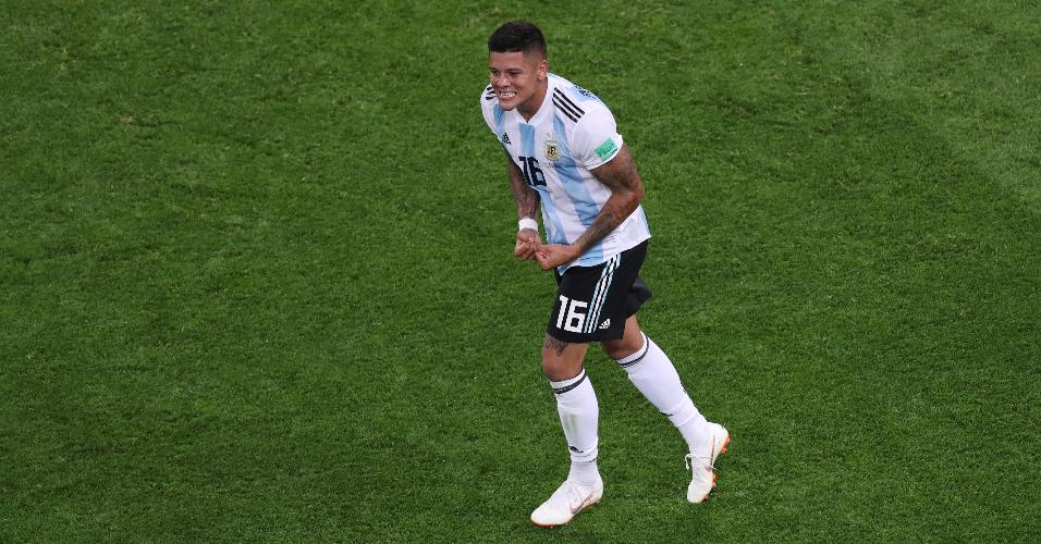 Marcos Rojo comemora gol da Argentina contra a Nigéria