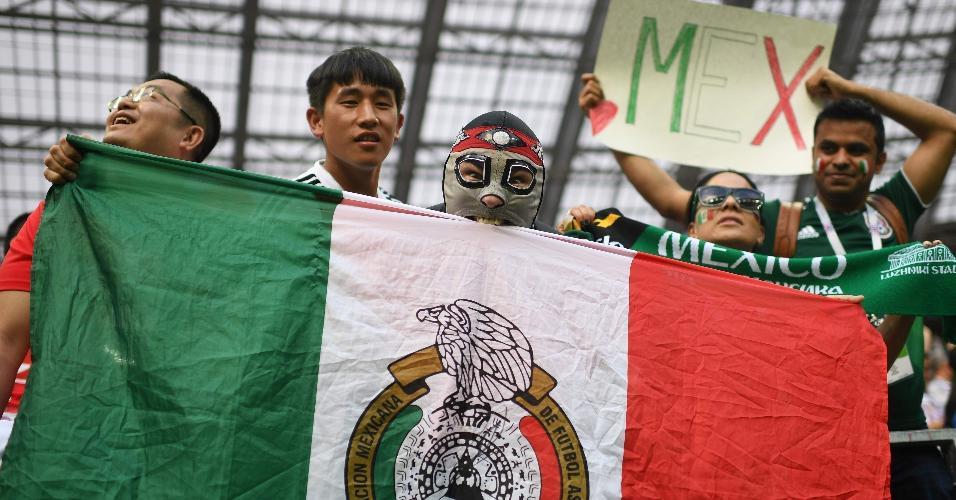 Torcida do México no estádio Luzhniki para o duelo contra a Alemanha