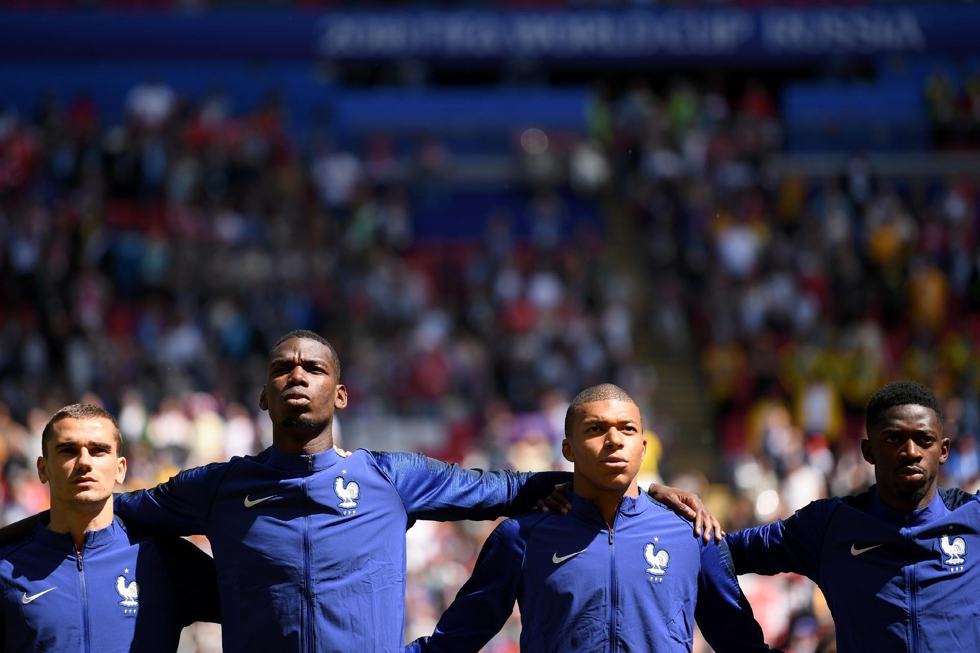35ecf36948 França na Copa 2018  Polêmica de racismo com Blanc abriu caminho para  gerações de Pogba e Mbappé - UOL Copa do Mundo 2018
