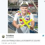 Depois das narrações históricas dos jogos da França na Copa passada, todos esperavam que ele fosse escalado - Reprodução/Twitter