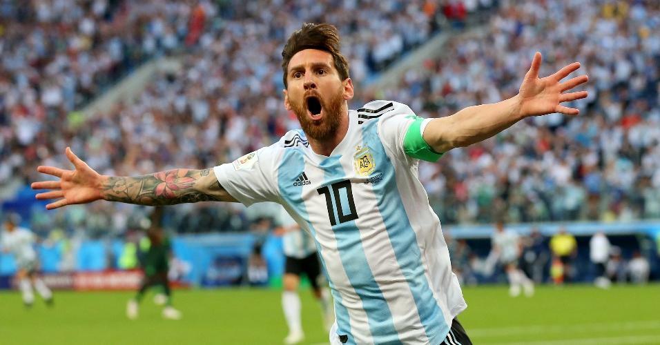 Lionel Messi comemora gol da Argentina contra a Nigéria