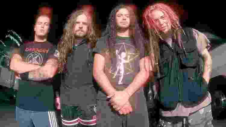 """Sepultura durante a turnê do álbum """"Roots"""", em 1996 - Divulgação - Divulgação"""
