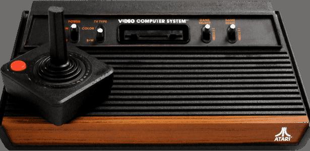 O algoz do Channel F foi um console bem conhecido dos brasileiros: o Atari 2600 trazia funções similares ao concorrente, porém oferecia gráficos e sons melhores - Reprodução