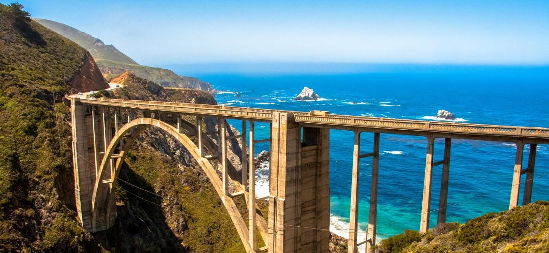 Bixby Bridge, em Big Sur, na California, um dos melhores lugares para viajar em 2018 - iStock