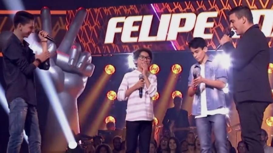 """Felipe Machado vibra com a escolha de Brown para avançar no """"The Voice Kids"""" - Reprodução/TV Globo"""