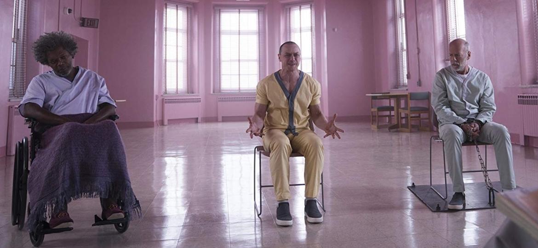 """Samuel L. Jackson, James McAvoy e Bruce Willis em cena de """"Glass"""" (""""Vidro"""") - Divulgação"""