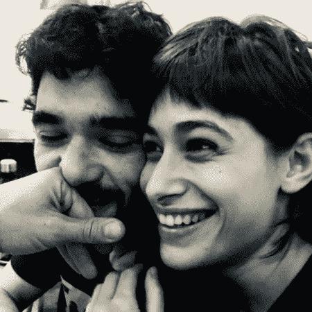 Luisa Arraes e o ator Caio Blat - Reprodução/Instagram