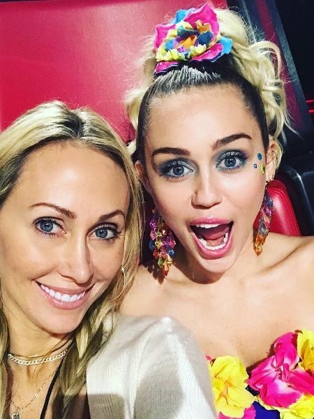 Tish com a filha Miley Cyrus - Reprodução/Instagram