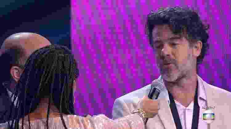 O saxofonista Ed Côrtes, pai de João Côrtes, recebeu uma cantada da ex-frenética Leiloca Neves - Reprodução/Globo - Reprodução/Globo