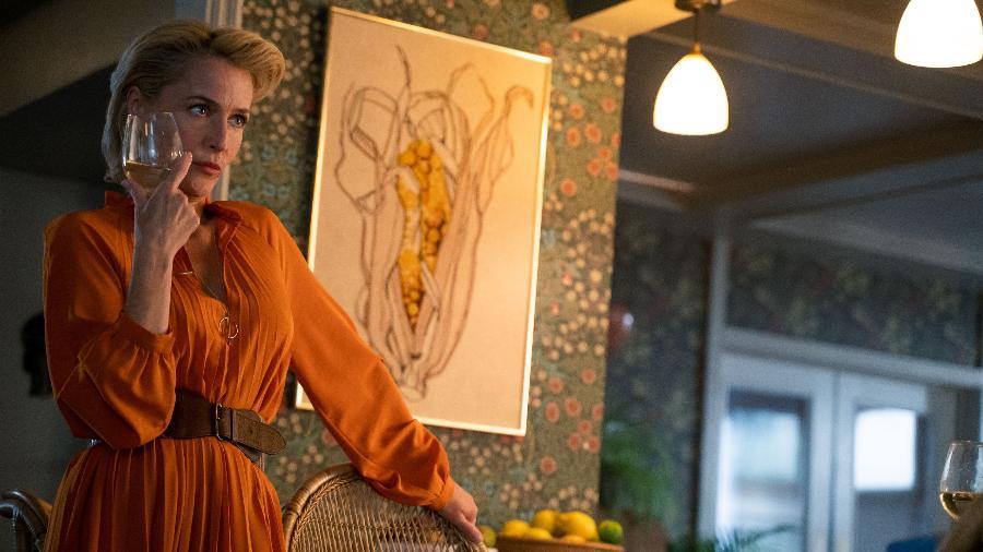 Jean (Gillian Anderson) em Sex Education - Divulgação/Netflix