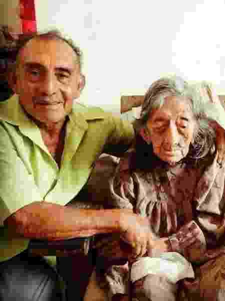 O avô de Julie, que está na casa dos 80 anos, e sua bisavó macuxi que morreu com mais de 100 - Acervo Pessoal - Acervo Pessoal