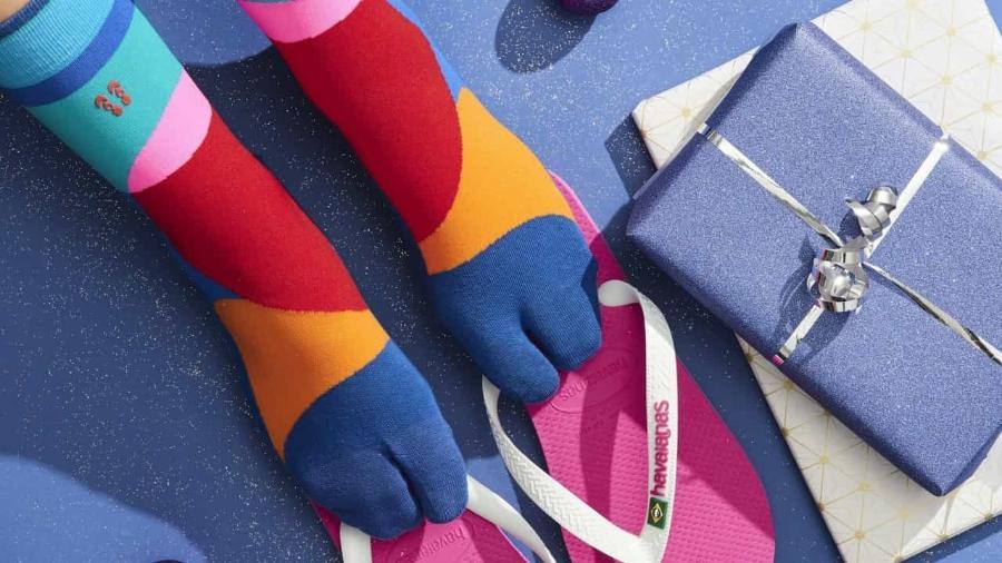 Meia para usar com os chinelos: adaptando-se de acordo com o uso dos consumidores - Divulgação