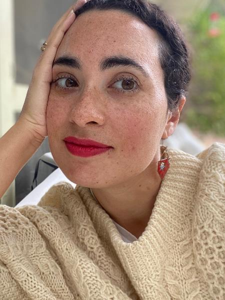 """Koa Beck é jornalista e autora do livro """"Feminismo branco: das sufragistas às influenciadoras e quem elas deixam para trás"""", lançado no Brasil pela editora Harper Collins - Divulgação"""