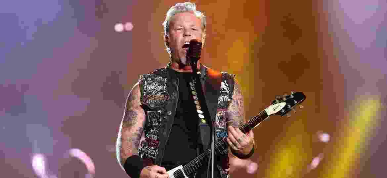 19.set.2015 - Metallica se apresenta no palco Mundo no segundo dia do Rock in Rio 2015 - Fernando Maia/UOL