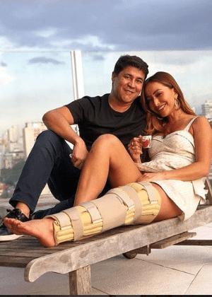 Resultado de imagem para Após acidente, Sabrina Sato aparece com perna imobilizada