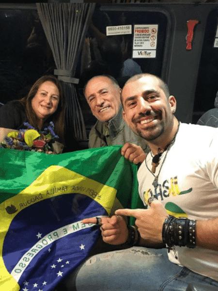Kaysar comemora chegada de sua família ao Brasil - Reprodução/Instagram