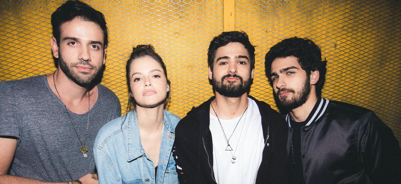 Le Dib, Ágatha Moreira e os irmãos Pedrão e Lugui, do Cat Dealers - Divulgação