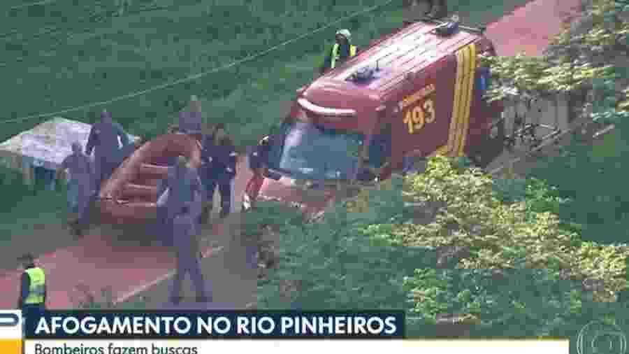 Operação de resgate no Rio Pinheiros - Reprodução/TV Globo