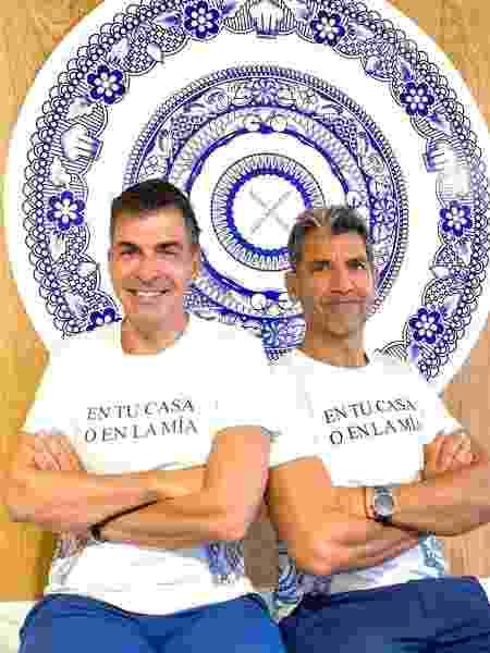 Os chefs estrelados Paco Roncero e Ramón Freixa lançaram na pandemia o Cuatromanos, um delivery de petiscos  - Reprodução/Instagram - Reprodução/Instagram