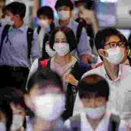 Arquivo - Até agora, o Japão registrou 4.100 mortes por coronavírus e um total de cerca de 300 mil casos - James Matsumoto/SOPA Images/LightRocket via Getty Images