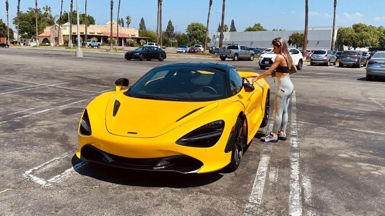 Letícia Bufoni e seu McLaren 720S - Reprodução - Reprodução