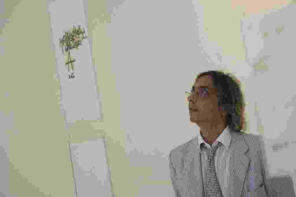 O artista plastico Tunga na inauguracao da exposicao MONOTIPIAS de Mira Schendel, na galeria Millan, em 2009 - Mastrangelo Reino/Folhapress