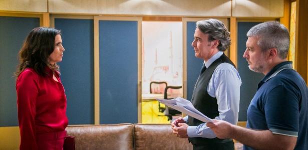 """O diretor Fred Mayrink orienta Malu Mader e Alexandre Borges em """"Haja Coração"""" - Paulo Belote/Divulgação/TV Globo"""